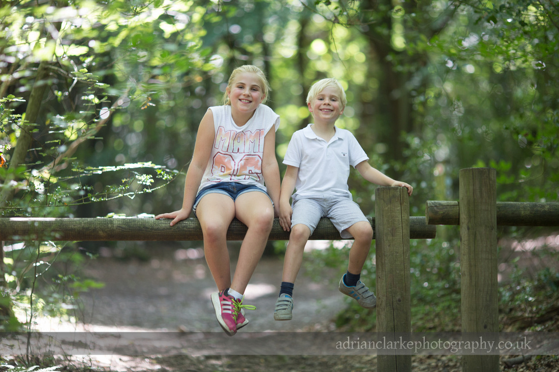 sevenoaks children and family photography at emmetts garden