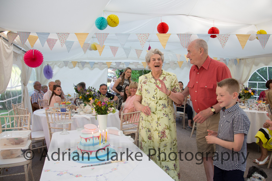 AdrianClarkePhotography_family_party_July_09